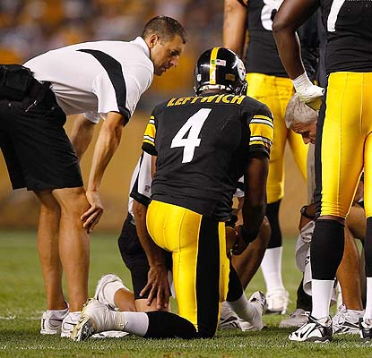 Byron Leftwich goes down with a knee injury in the second. Will Dennis Dixon open the season as the Steelers' QB? (Getty Images)