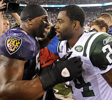 Ravens linebacker Ray Lewis gets the last laugh on Darrelle Revis and the Jets. (AP)