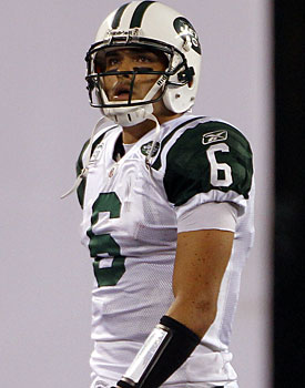 The Jets must let Mark Sanchez air it out or they are doomed. (US Presswire)