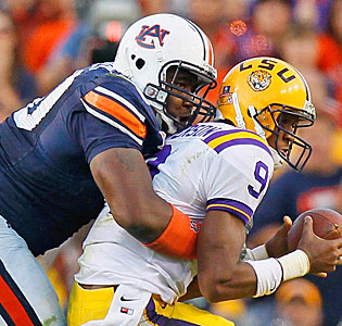 Nick Fairley dominated against LSU with 2 1/2 sacks and 3 1/2 tackles for loss. (Getty Images)