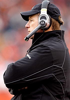 The Browns let Eric Mangini go, making him the only head coach who's ushered out on Black Monday. (Getty Images)