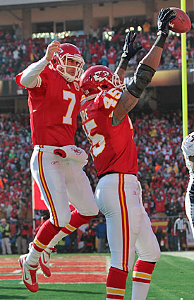 Taking advice from a pal and former teammate with plenty of experience, Matt Cassel says he will enjoy his playoff baptism. (Getty Images)