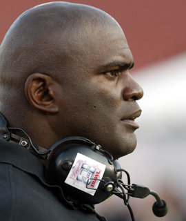 Lawrence Taylor's guilty plea will force him to register as a sex offender. (Getty Images)