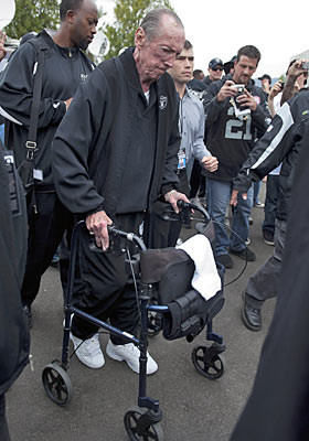 Raiders owner Al Davis might be showing his age these days, but he's demanding as ever on coaches. (US Presswire)