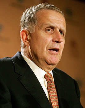 Former commissioner Paul Tagliabue would not have allowed the labor situation to reach its current point. (Getty Images)
