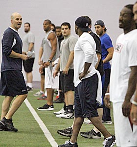 Seahawks quarterback Matt Hasselbeck leads teammates during an impromptu workout at the University of Washington. (AP)