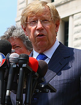 Ted Olson, the lawyer for the players, says 'we're asking for a preliminary injunction for a short period of time.' (Getty Images)