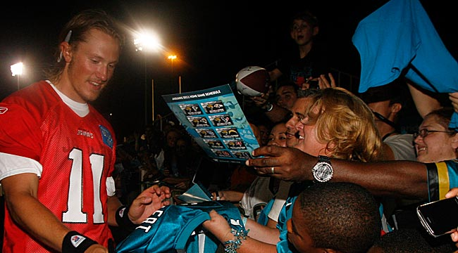 Jaguars fans have already taken a liking to rookie quarterback Blaine Gabbert. (US Presswire)