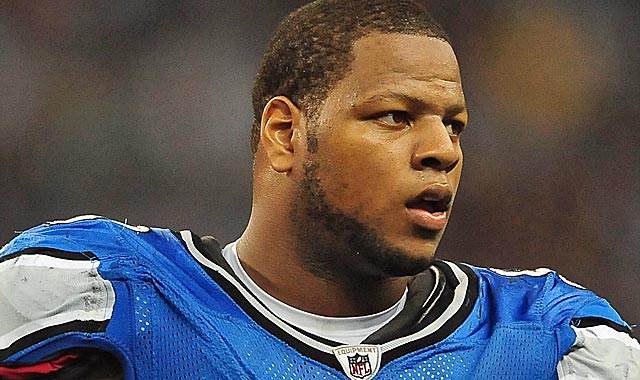 Ndamukong Suh gives Detroit a vital weapon to combat Aaron Rodgers and Jay Cutler. (US Presswire)