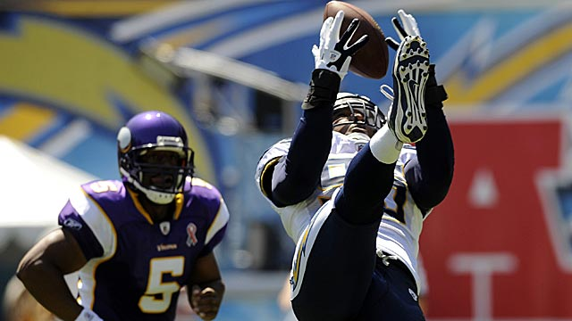 New as a Viking, McNabb might not be able to pick the time of his exit at this rate. (US Presswire)