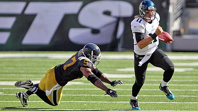 Gabbert completed 5-of-6 passes for 52 yards in relief of Luke McCown on Sunday. (US Presswire)