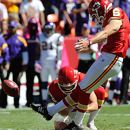 Kicker Ryan Succop enjoys a perfect day, going 5 for 5 on his FG attempts and accounting for 15 of the Chiefs' 22 points. (Getty Images)