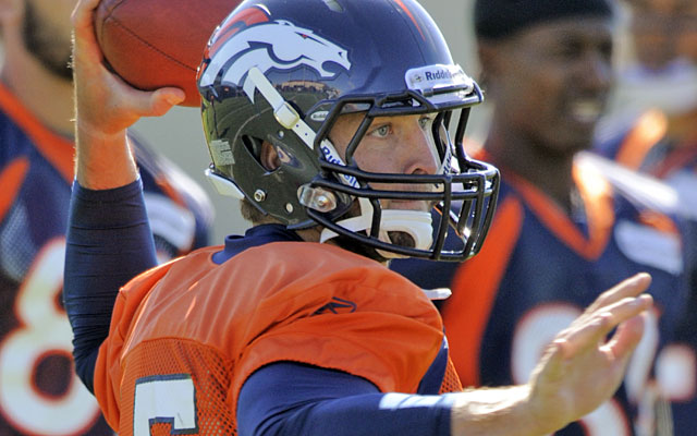 Good timing? Thanks to the bye week, Tim Tebow gets extra practice before his first start of 2011. (AP)