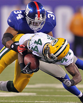 In the first meeting vs. the Packers, the Giants lined up safety Deon Grant as a linebacker. (Getty Images)