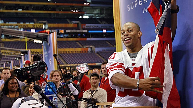 Likeable Victor Cruz enjoys his time in the media day limelight. (AP)