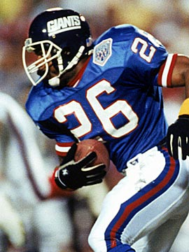 Dave Duerson suffered 10 concussions during his NFL career, his family says. (Getty Images)