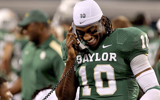 Pundits questioning Robert Griffin III's smarts must not realize he graduated early from Baylor. (US Presswire)
