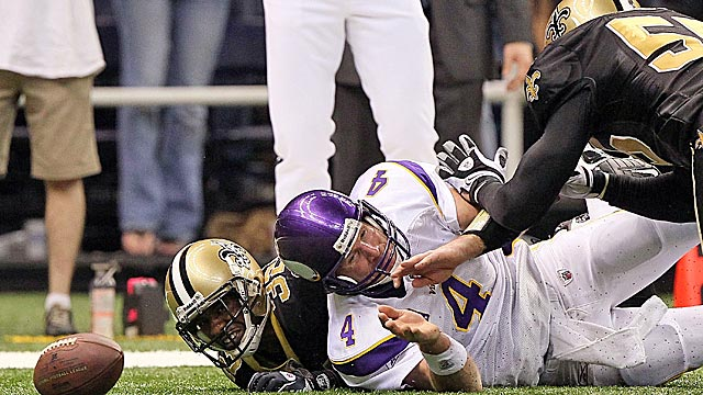 The Saints reportedly put a price on Brett Favre's head in the 2009 NFC title game. (US Presswire)
