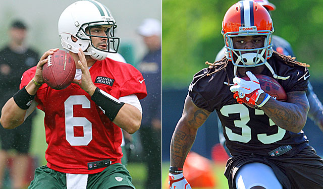 Namath has been critical of Mark Sanchez. Brown says Trent Richardson is 'ordinary.' (US Presswire)