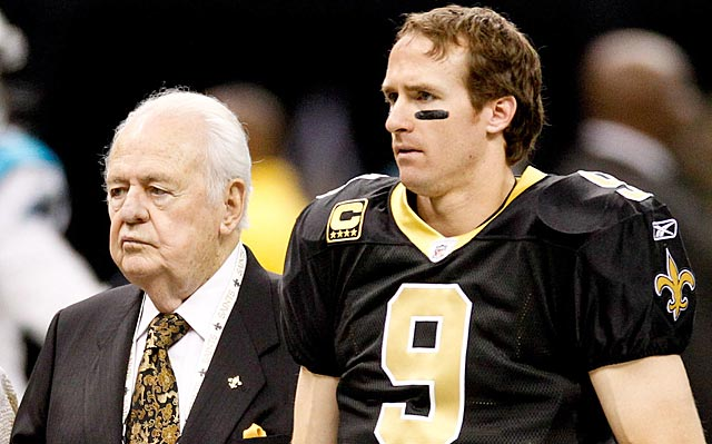 Drew Brees, seen here with Saints owner Tom Benson, was against the latest workers comp legislation. (USATSI)