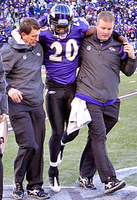 Age and injury concerns could be playing a part in the Ravens' reluctance to go long-term with Reed. (Getty Images)