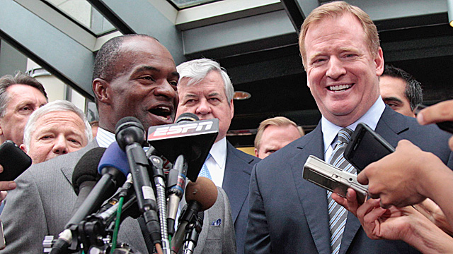 DeMaurice Smith and Roger Goodell were all smiles last summer when the lockout ended. (Getty Images)