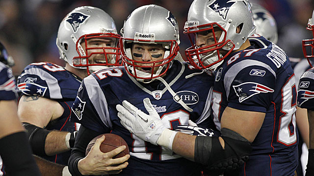 Can Tom Brady lead the Patriots to one more undefeated regular season? Pete Prisco thinks so. (US Presswire)
