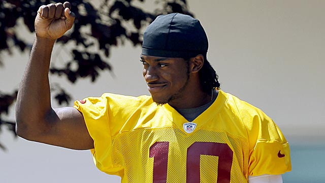 Already a fan favorite, RG3 will be a 'rock star' if he wins with the 'Skins, DeAngelo Hall says. (AP)