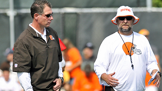 Pat Shurmur and Brad Childress don't know if they'll be with the Browns in 2013. (US Presswire)