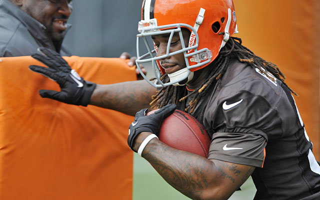 Trent Richardson will get his knee checked out after missing practice Tuesday. (US Presswire)