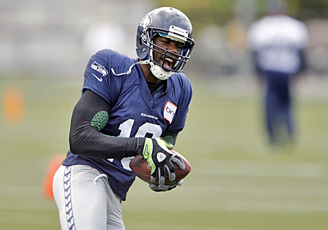 Terrell Owens will make his return to the NFL when the Seahawks take on the Broncos. (US Presswire)