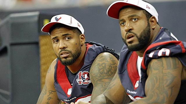 Duane Brown (right) makes life much easier for Arian Foster (left). (US Presswire)