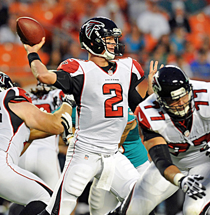 Matt Ryan completes 18 for 26 for 220 yards, including a 20-yard touchdown to  Roddy White. (US Presswire)