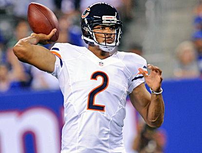 Jason Campbell throws a 12-yard touchdown pass in the fourth quarter to help the Bears rally for a win. (US Presswire)