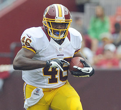 Rookie running back Alfred Morris dazzles for the Redskins as he finishes with 107 yards and a TD on 14 carries. (US Presswire)