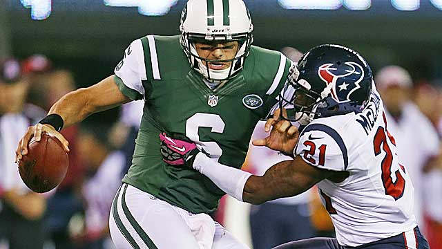 Sanchez's 48.4 completion percentage ranks last in the NFL. (AP)