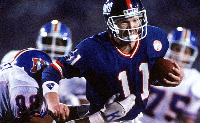 At Super Bowl XXI, Simms set two records that still stand to this day. (Getty Images)