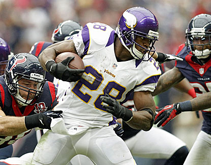 Adrian Peterson rushes for 86 yards against the Texans and still needs 208 more to break Eric Dickerson's record. (US Presswire)
