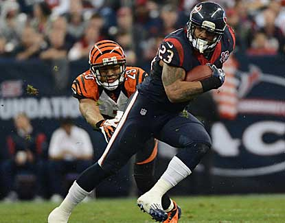 Arian Foster paces the Houston Texans offense with 140 rushing yards and the team's only touchdown. (Getty Images)
