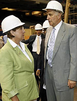 Paul Tagliabue and then Governor Kathleen Blanco scrambled together to bring the Superdome back to life and save the Saints. (Getty Images)