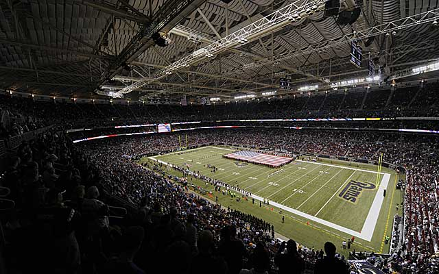 A panel of arbitrators sides with the St. Louis Rams in plans to renovate the Edward Jones Dome. (US Presswire)