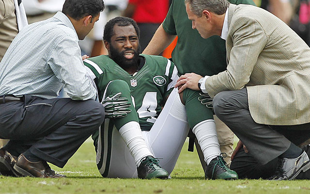 Darrelle Revis missed 13 games last season after tearing his ACL in Week 3 against the Dolphins. (USATSI)