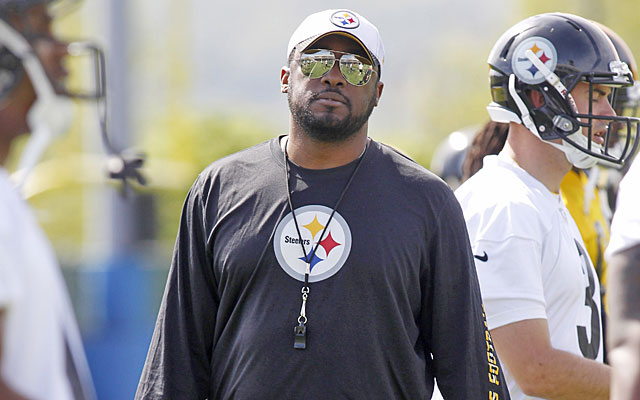 Mike Tomlin says the read option will have a short shelf life after teams have all offseason to prepare. (USATSI)