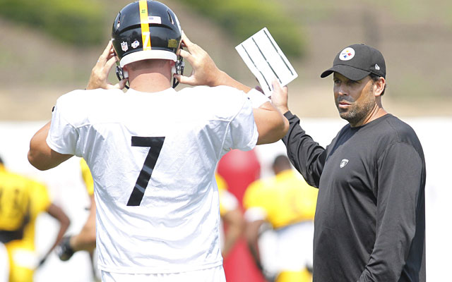 Improved communication between QB and OC has been a highlight of Steelers training camp. (USATSI)