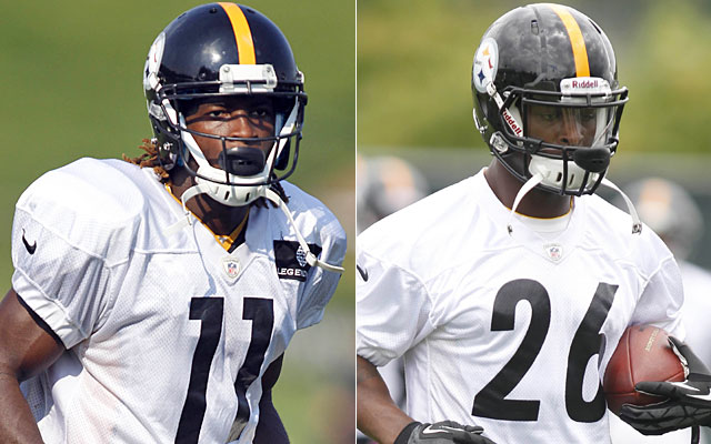 The Steelers will rely on Markus Wheaton and Le'Veon Bell to bring youthful energy to the offense. (USATSI)