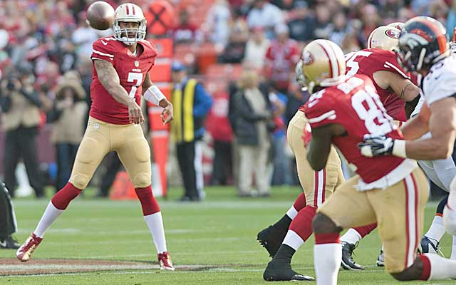 Colin Kaepernick finds Anquan Boldin, who is impressed with his new QB. (USATSI)