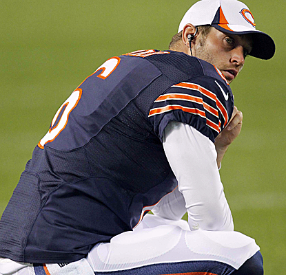 Jay Cutler struggles on Thursday, throwing for 38 yards and an ill-advised interception into double coverage.  (USATSI)