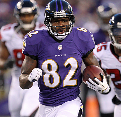 Torrey Smith races to the end zone for a 77-yard touchdown reception as the Ravens pull off a big comeback.  (USATSI)