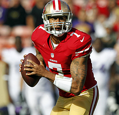Colin Kaepernick looks sharp in limited action against the Vikings, leading the Niners on a TD drive.  (USATSI)