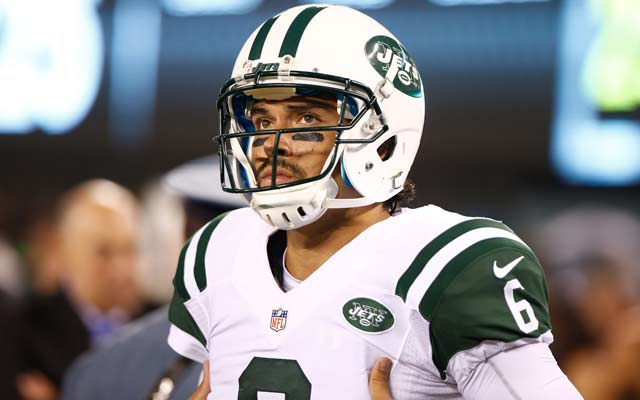 Most experts say Mark Sanchez won't start more than eight games this year. (USATSI)